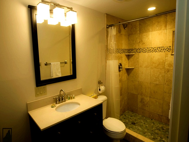 22 Small Bathroom Ideas on a Budget on Bathroom Ideas On A Budget  id=36333