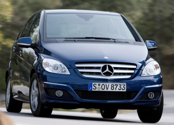Mercedes benz a class and b class india launch likely in for Mercedes benz small car price