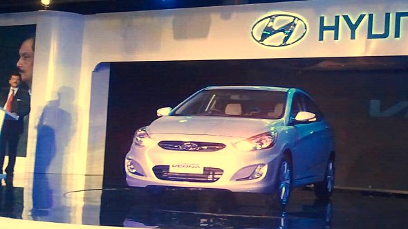 hyundai verna launch photo