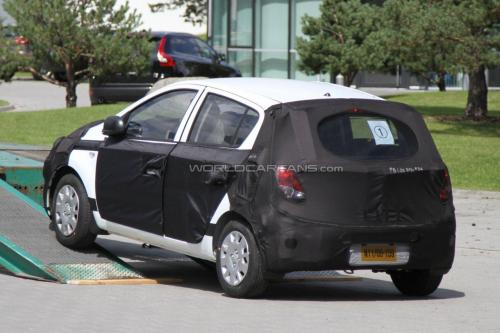 2012 hyundai i20 facelift photo1