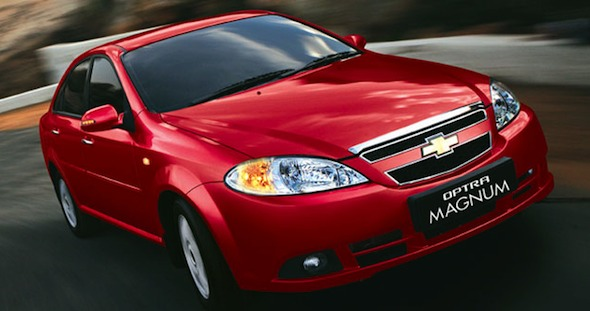 chevrolet optra magnum front right photo