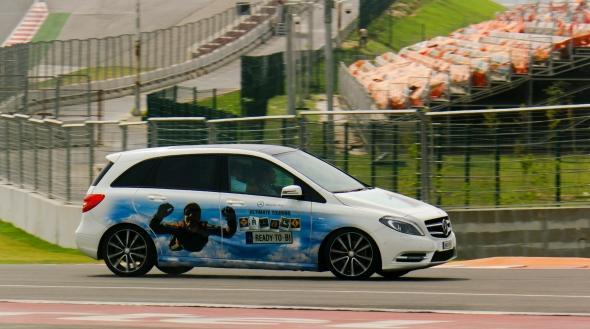 Mercedes B-Class-track-photo