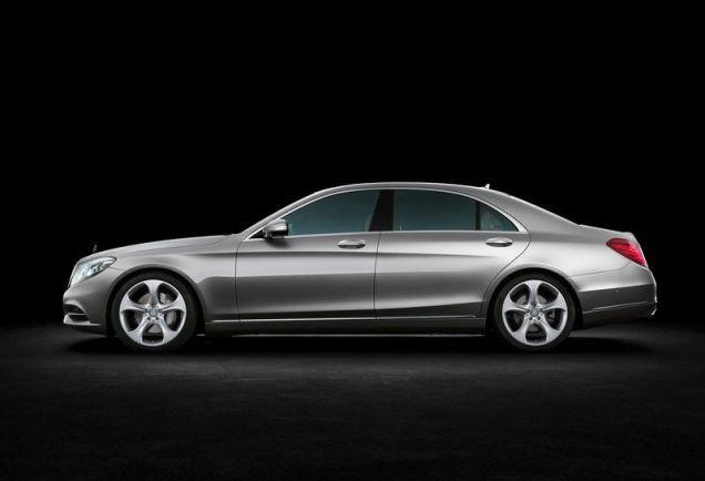 2014 Mercedes Benz S-Class Luxury Saloon 4