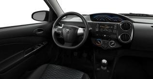 2014 Toyota Etios Cross 2