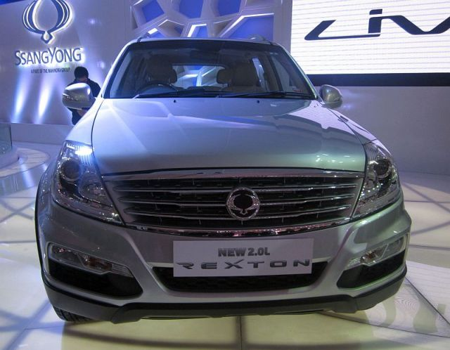 2014 Ssangyong Rexton SUV with a 2 liter turbo diesel engine