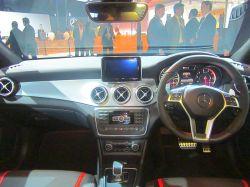 Mercedes Benz CLA Sedan 2