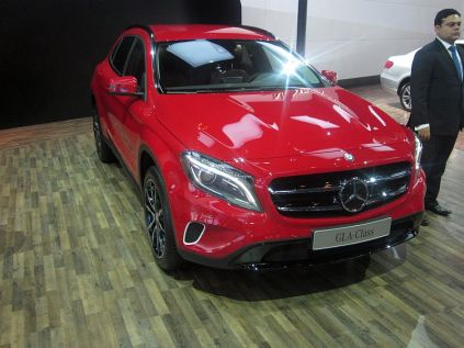 Mercedes Benz GLA Crossover 3