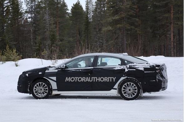 Next-Gen Hyundai Sonata Spyshot Pic