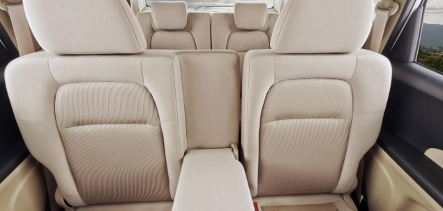 Honda Mobilio MPV 3
