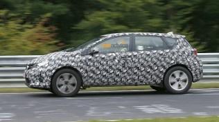 Toyota Corolla Crossover Spyshot 2