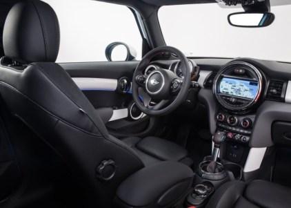 2015 BMW Mini Cooper S 5 Door Hatchback 6