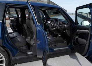 2015 BMW Mini Cooper S 5 Door Hatchback 8