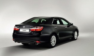 2015-Toyota-Camry-Facelift-4