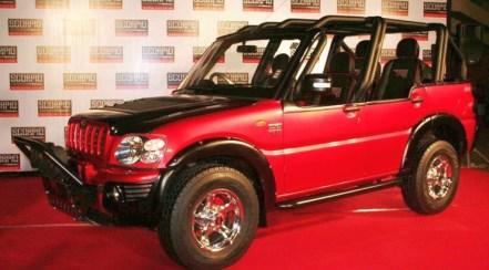 Modified Mahindra Scorpio MS Dhoni Edition 1