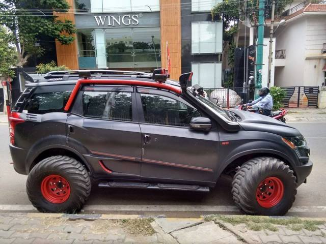 Mahindra XUV500 Intrepid 2