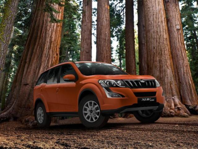 2015 Mahindra XUV500 Facelift 11