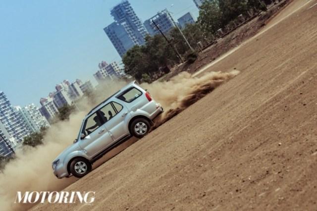 2015 Tata Safari Storme SUV Facelift 13