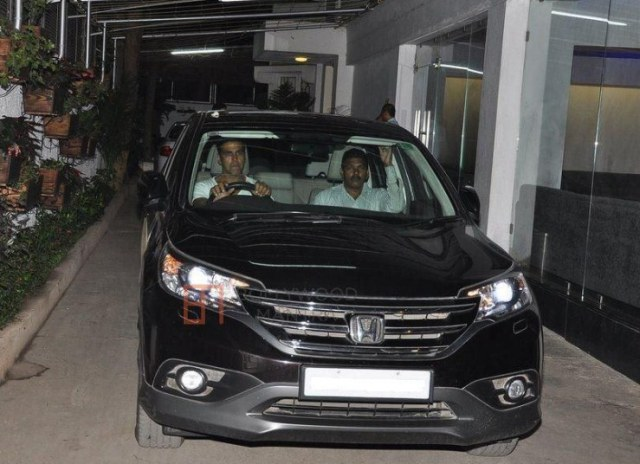 Akshay Kumar in his Honda CR-V SUV
