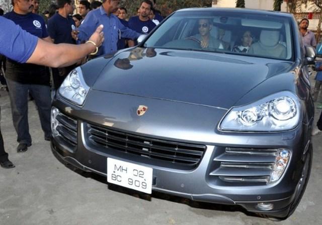 Akshay Kumar in his Porsche Cayenne SUV