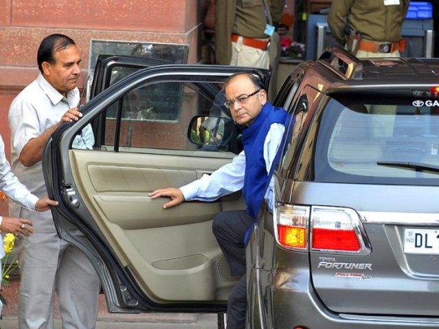 Arun Jaitley in his Toyota Fortuner