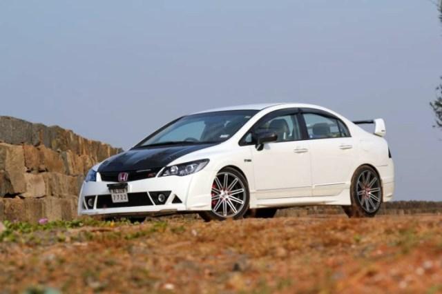 Honda Civic Custom 3
