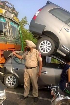 Car Crash Punjab 1