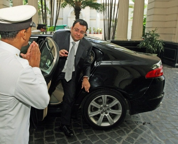 Cyrus Mistry in his Jaguar XF