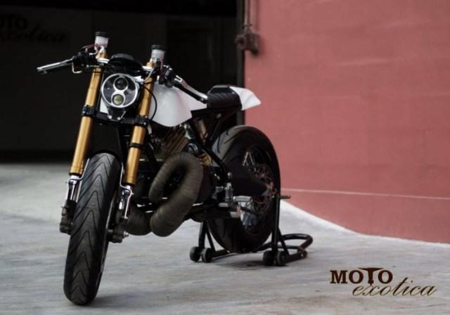 Motoexotica's Yamaha RD350 Retro Cafe Racer 4