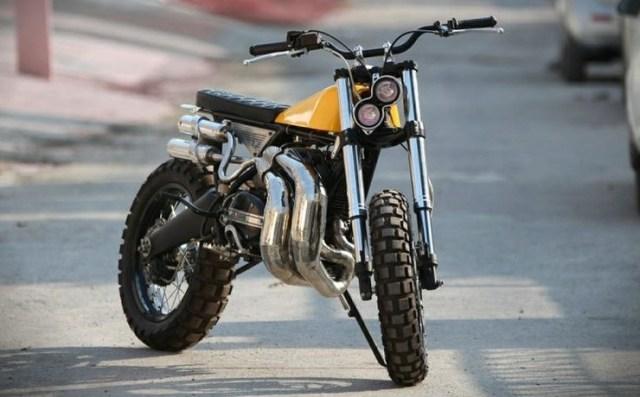 Motoexotica's Yamaha RD350 Scrambler Eight 7