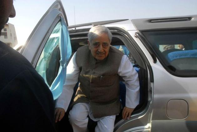 Mufti Sayeed with his Tata Safari