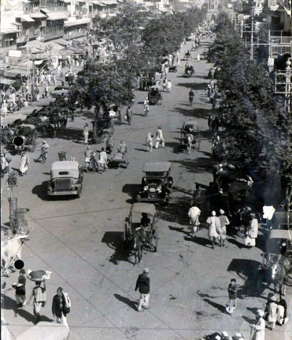A Delhi street in 1943