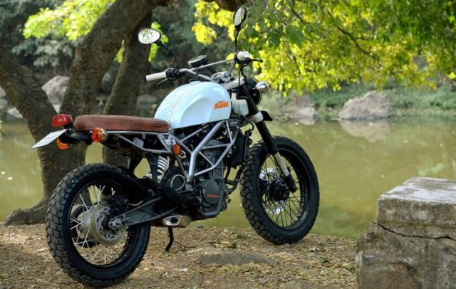 Cafe Nomads' KTM Duke 200 based Scrambler 4