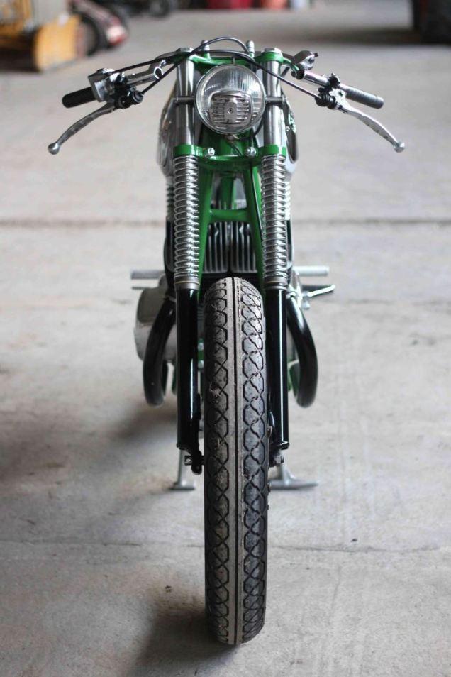 Jawa 350 based Bone Cafe Racer 4