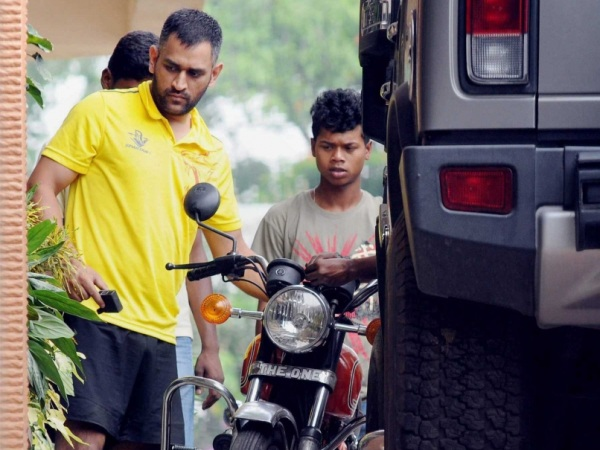 MS Dhoni with his first, restored Yamaha RD350