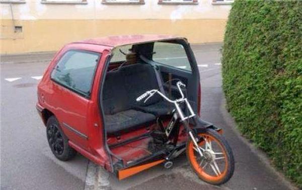 Moped Car