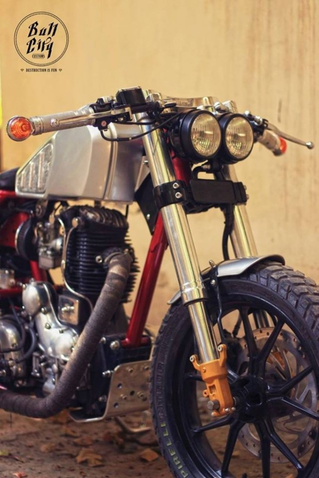 Bull City Customs' Thunderbird Cafe Racer 5