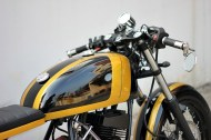 Studio Motor's Yamaha RX135 Cafe Racer 6
