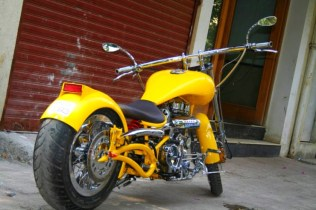 Vardenchi Customs' Big Yellow 1