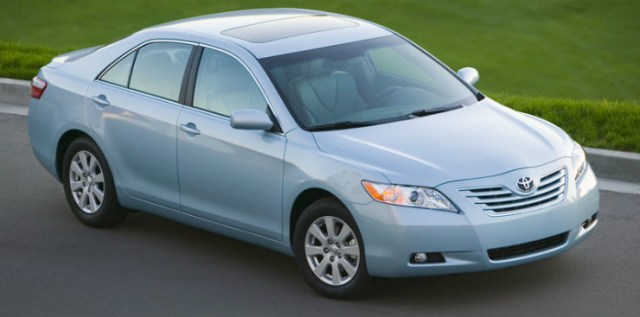 Toyota-Camry_XLE_2007_800x600_wallpaper_04
