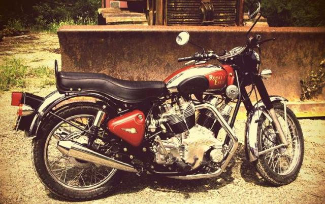 Carberry Enfield V-Twin Bullet