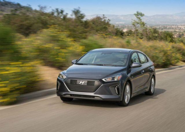 Hyundai-Ioniq_US-Version-2017-800-09