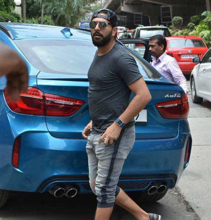 Cricketers And Their Cars Sportzwiki Indian Cricket Team