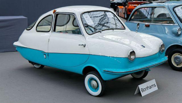 Paris_-_Bonhams_2014_-_Attica_200_Micro_Car_-_1967_-_002