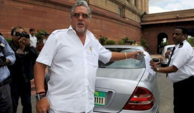 Vijay-Mallya-with-his-W220-Mercedes-Benz-S-Class