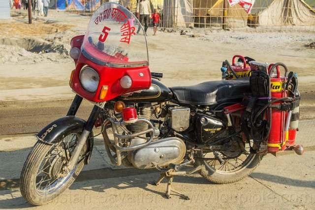 11394532913-fire-motorbike-india