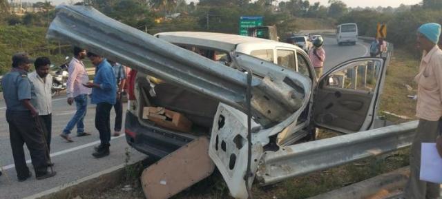 Xylo Guard Rail Crash 2
