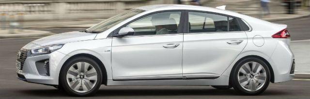 Hyundai-Ioniq_UK-Version-2017-1280-31