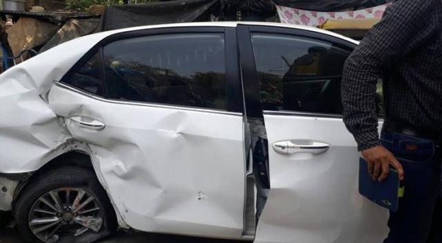 Vikram Chatterjee Sonika Chauhan Toyota Corolla Altis Accident 3