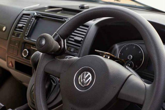 Steering spinner