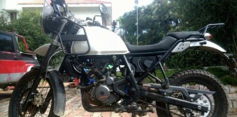 royal enfield chassis and ktm duke 390 engine